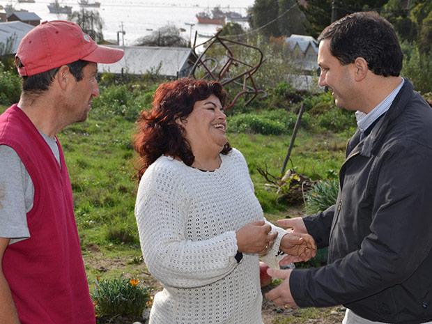 """Mejorando accesos a vecinos de """"Caleta del Medio"""""""