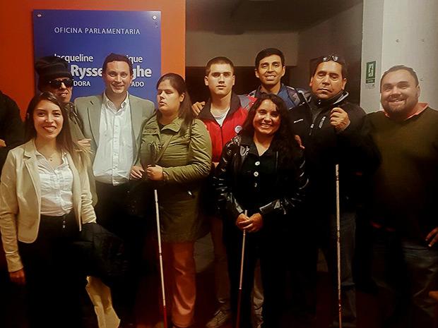 """Apoyando el deporte junto al grupo """"Renacer de Ciegos"""""""